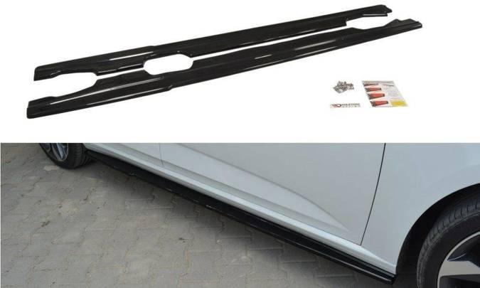 Dokładki progów Maxton Renault Megane MK4 Hatchback (carbon look)